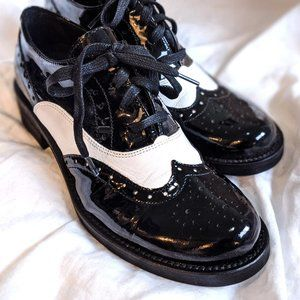 B2 Patent Leather Black and White Oxfords size 6.5